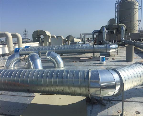螺旋风管主要用于联通两地之间的空气流